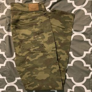 Army High Rise Jeans